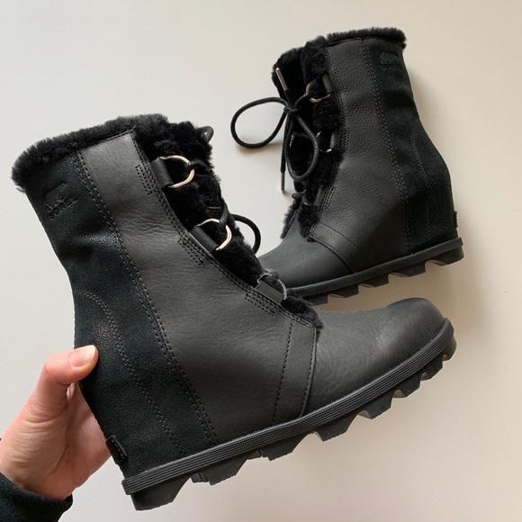 652b572bc5f5 Joan of Arctic Wedge II Lux Boot. M 5c6ee23d9fe486f631f9cc59